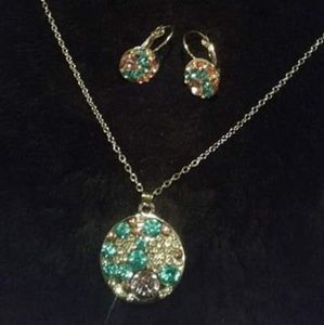 New 9.25 Silver Necklace & Matching Earrings